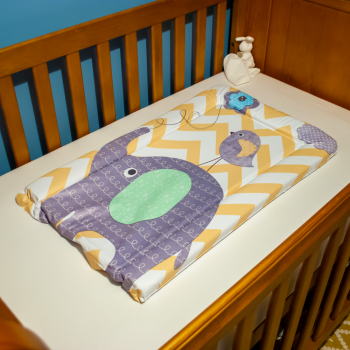 Callowesse Changing Mat Deluxe Waterproof with Raised Edges – Elephant Chevron
