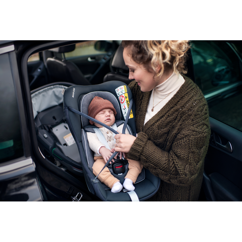 Maxi Cosi Coral 360 iSize Car Seat - Neo Green - Example