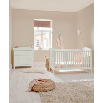 Mamas & Papas Dover cot bed and Dresser set - White